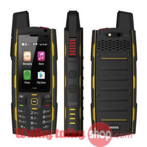 2.4 inch Screen Zello Walkie Talkie IP67 Waterproof 4G Signal Smartphone